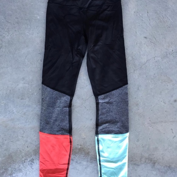 da0c329b6712ff lululemon athletica Pants | Lululemon Color Block Legging | Poshmark